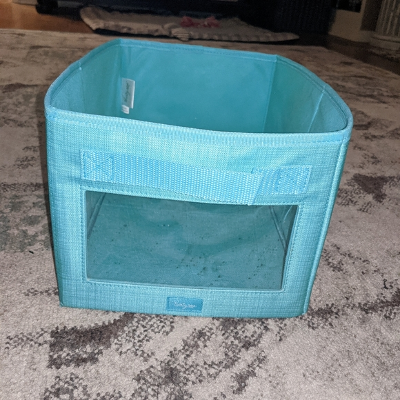 Thirty-one turquoise collapsible rectangle bin